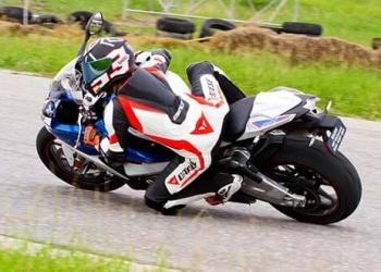 S1000RR-ride2