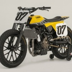 Motowish big bike DT 07 7 150x150 - มาหล่อเลย Yamaha DT-07 รถคอนเซ็ปสไตส์สไลด์ - ในงาน AIM Expo motorcycle show ที่ออร์แลนโด ฟลอริด้า มีรถคันนึงจากยามาฮ่าน่าสนใจมาก รถคันนี้มีรหัส ว่า