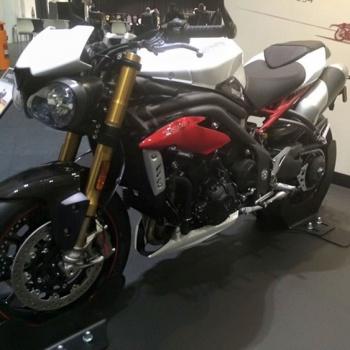 motowish-triumph-speedtriple-2016-6