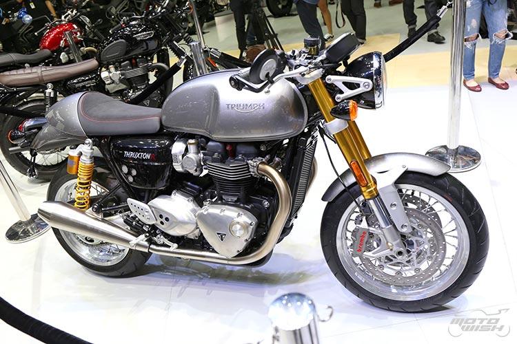 MotoWish-Bigbike-Triumph-ThruxtonR-10