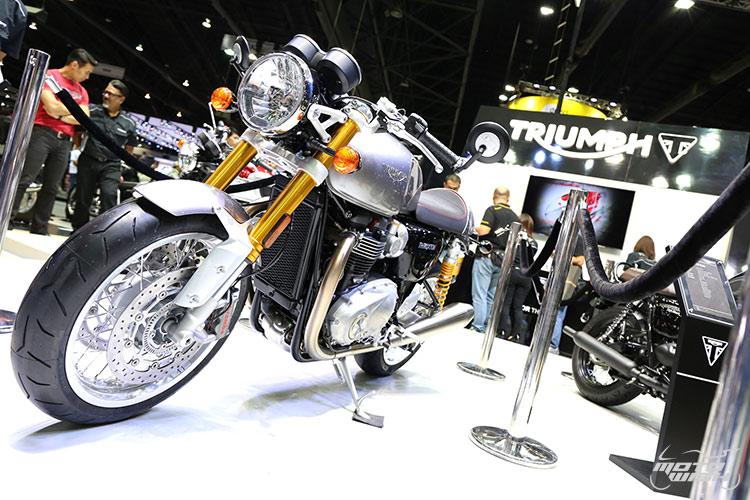 MotoWish-Bigbike-Triumph-ThruxtonR-11