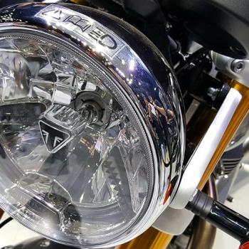 MotoWish-Bigbike-Triumph-ThruxtonR-12