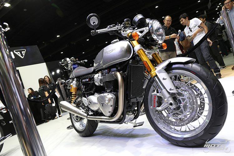 MotoWish-Bigbike-Triumph-ThruxtonR-9