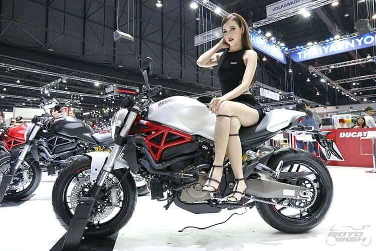 Ducati Monster 821 สีขาวมุก พกความหรูเคียงคู่ความสปอร์ต (Motor Expo 2015) | MOTOWISH 96
