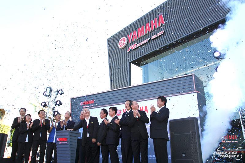 Web Motowish Bigbike Grand Opening Yamaha Riders Club 13 - Yamaha Riders' Club จัด Grand Opening เปิดบ้านหลังใหม่ ยิ่งใหญ่อลังการ - สำหรับคนที่อยากได้บิ๊กไบค์ Yamaha สักคัน คงต้องนึกถึง Yamaha Riders' Club แน่นอน ชื่อนี้การันตีได้ว่ามีบิ๊กไบค์สวยๆรอต้อนรับอย่าง