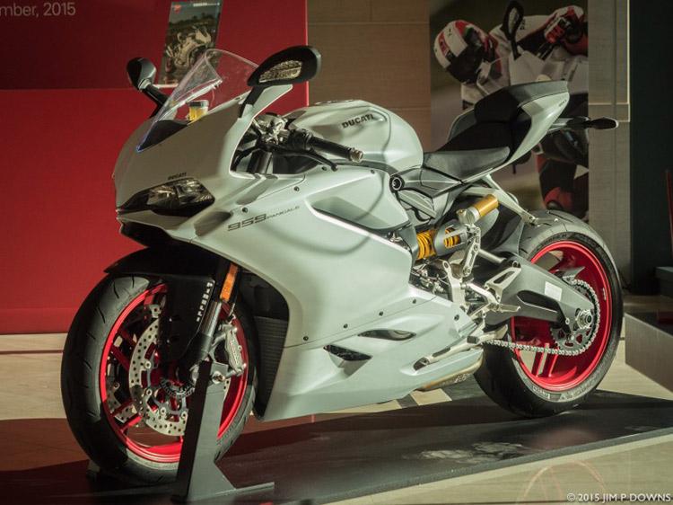 ไปดูกัน มีอะไรใหม่บ้างใน Ducati 959 Panigale 2016 | MOTOWISH 109