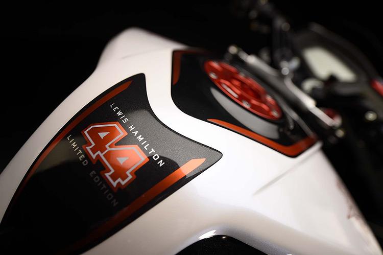 motowish-bigbike-Lewis-Hamilton-MV-Agusta-Dragster-RR-LH44-4