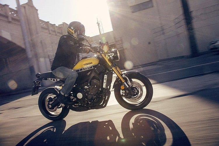 Yamaha XSR900 เรทโทรไบค์ สไตส์สปอร์ต EICMA 2015 | MOTOWISH 12