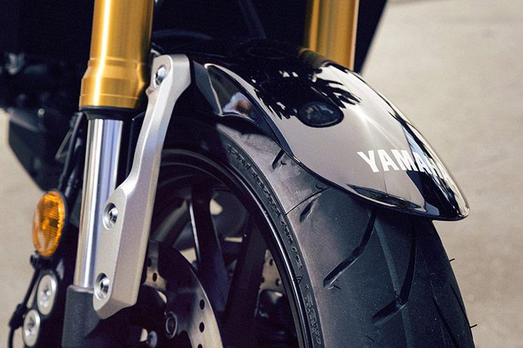 Yamaha XSR900 เรทโทรไบค์ สไตส์สปอร์ต EICMA 2015 | MOTOWISH 8