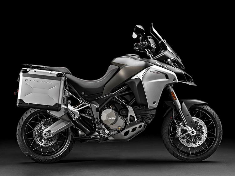 motowish bigbike ducati multistrada Enduro 7 - Ducati เผยทีเด็ด Multistrada 1200  ขาลุยทางฝุ่น (Enduro) และที่สุดของขาลุยทางดำ (Pikes Peak) (EICMA 2015) - Ducati ติดเขี้ยวเล็บ เสริมทีเด็ดให้ Multistrada 1200 ถึง 2 รุ่น รุ่นแรกเอาในสายลุย และอีกรุ่นเป็นการต่อยอดให้สุดกว่าเดิม