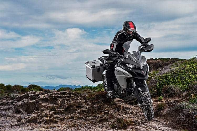 Ducati เผยทีเด็ด Multistrada 1200  ขาลุยทางฝุ่น (Enduro) และที่สุดของขาลุยทางดำ (Pikes Peak) (EICMA 2015) | MOTOWISH 70