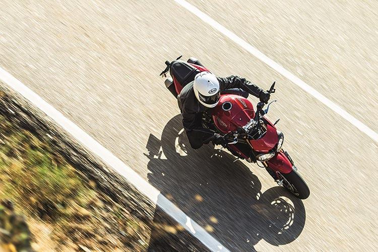 motowish-bigbike-triumph-SpeedTriple-2
