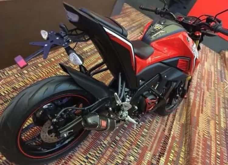 motowish-bigbike-yamaha-M-Slaz-2