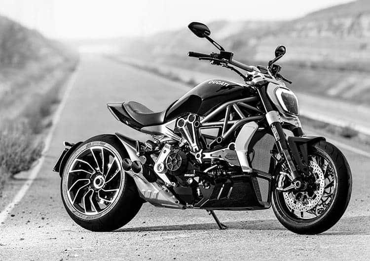 Ducati ฉีกกฎ เปิดตัว XDiavel รถคันยักษ์พลังขับสายพาน (EICMA 2015) | MOTOWISH 38