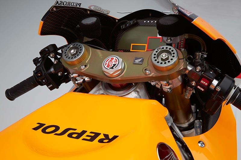 HONDA RC213V 2016 รถแข่ง MotoGP ตัวใหม่ล่าสุดกับ 2 ผู้ท้าชิงในรายการ | MOTOWISH 24