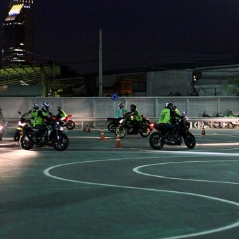 MotoWish-Kawasaki-Night-Course-11