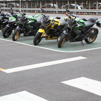 MotoWish-Kawasaki-Night-Course-4