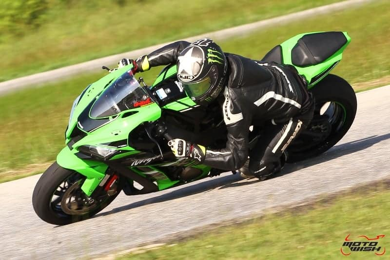 Review-ZX10R-2016-MotoWish1