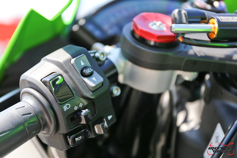 Review-ZX10R-2016-MotoWish19