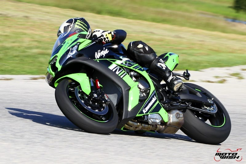 Review-ZX10R-2016-MotoWish2