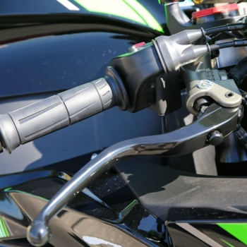 Review-ZX10R-2016-MotoWish20