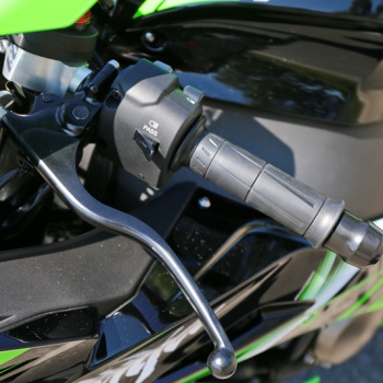 Review-ZX10R-2016-MotoWish21