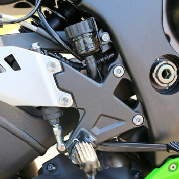 Review-ZX10R-2016-MotoWish31