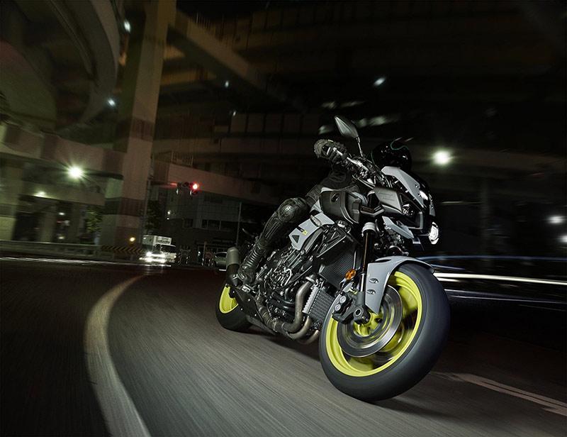 motowish-Yamaha-MT10-5