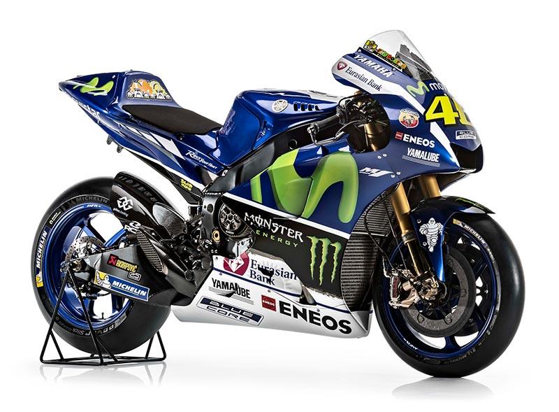 motowish Yamaha YZR M1 Valentino Rossi 3 - รายละเอียด Yamaha YZR-M1 2016 เครื่องจักรสังหารตัวใหม่ของ รอสซี่ และลอเรนโซ่ - เรามาดูกันต่อว่ารายละเอียดของตัวรถมีอะไรที่เปลี่ยนไปบ้าง ก่อนอื่นต้องบอกว่า ปีนี้ MotoGP มีการเปลี่ยนแปลงกฏบางอย่าง ซึ่งส่งผลกระทบถึง นักแข่ง และทีมงานที่ต้องปรับตัวกันยกใหญ่ อย่างระบบซอฟแวร์ใหม่ และยาง