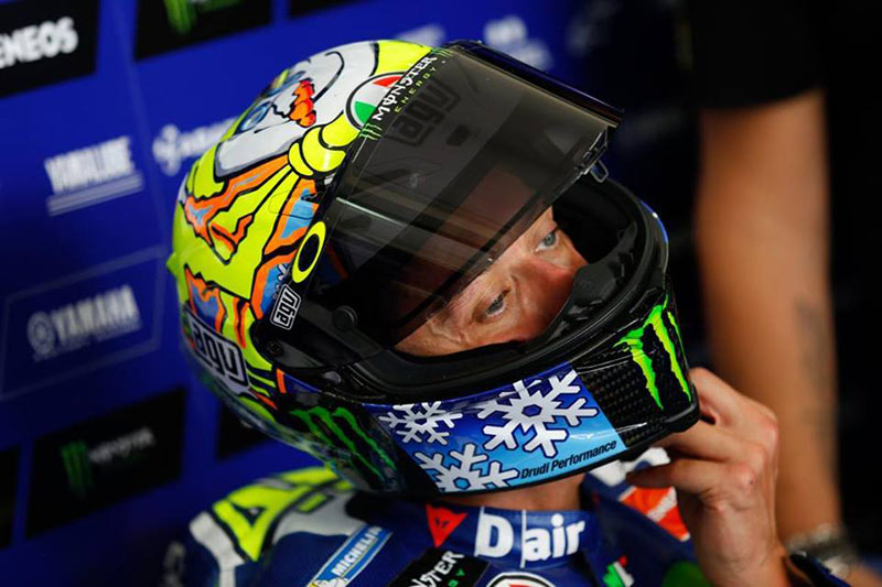 motowish-rossi-helmet-winter-test-2016-2