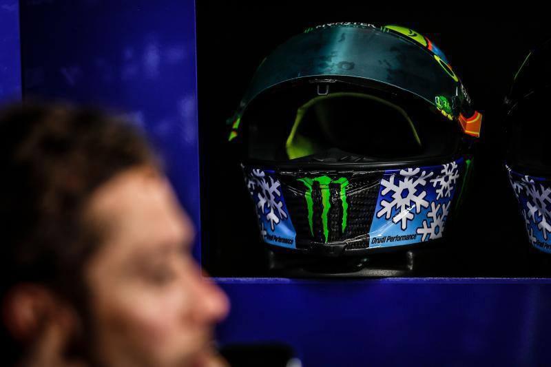motowish-rossi-helmet-winter-test-2016-4