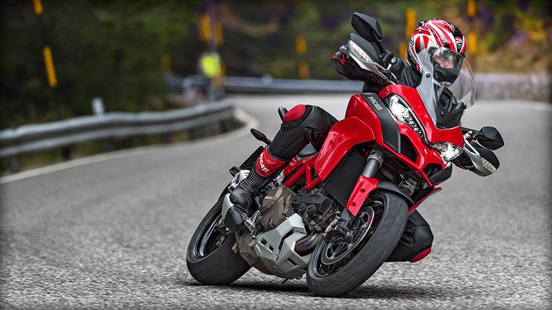 web Motowish Ducati 2 - ส่องยอดขาย Ducati สร้างสถิติใหม่ปี 2015ขายทะลุกว่า 5.8 หมื่นคัน - เป็นอีกหนึ่งข่าวดีของดูคาติ เมื่อพวกเขาได้แถลงยอดขายปี 2015 ด้วยการสร้างสถิติใหม่ทำยอดขายสูงถึง 58,800 คัน โดยมากกว่าปี 2014 ถึง 9,683 คัน คิดเป็นอัตราการเติบโตถึง 22%