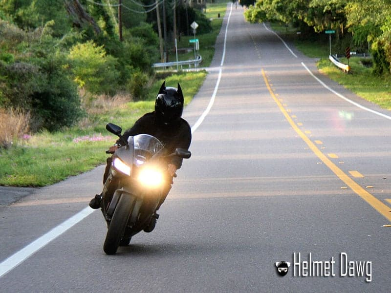 Helmet Dawg HD100 หมวกที่สาวก Batman ห้ามหลาด | MOTOWISH 50