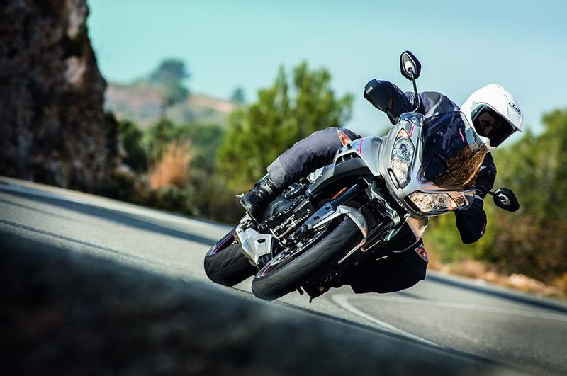 web-motowish-triumph-Tiger-Sport-2016