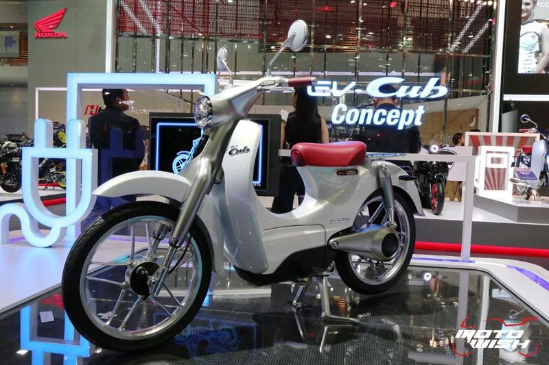 Honda พาสนุก กับบูธสุดไฮเทค พร้อมเผยโฉม EV-Cub, NC750X และรถคอนเซปต์อีกเพียบ (MOTOR SHOW 2016) | MOTOWISH 182