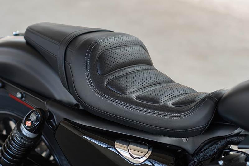motowish-harley-Roadster-2