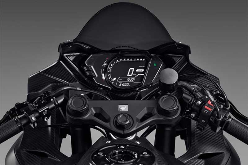 motowish honda cbr250rr 1 - Honda CBR 250RR ใหม่ มาใน 3 โหมดการขับขี่ พร้อมคันเร่งไฟฟ้า - อีกหนึ่งข่าวที่มีการพูดถึงกันเป็นอย่างมากในอินโดนีเซีย สำหรับ Honda 250 รุ่นต่อไป นั่นก็คือ CBR250RR  ที่จะมาพร้อมกับ 3 โหมดการขับขี่ อันได้แก่ โหมด Racing Sport, Racing และ Dynamic โดยทำงานร่วมกับคันเร่งไฟฟ้า เพื่อให้
