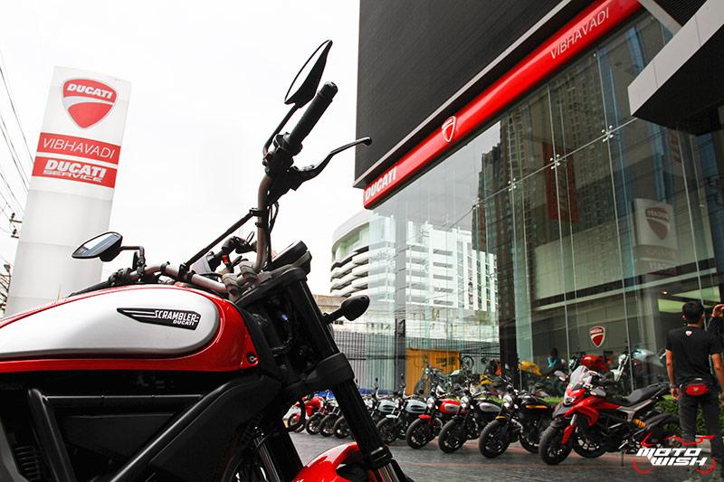 ตะลุยกลางเมืองไปกับ Ducati Scrambler Sixty2 VS ICON มีความแนว มีความเท่ห์ !!! | MOTOWISH 110
