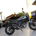 ตะลุยกลางเมืองไปกับ Ducati Scrambler Sixty2 VS ICON มีความแนว มีความเท่ห์ !!! | MOTOWISH 135