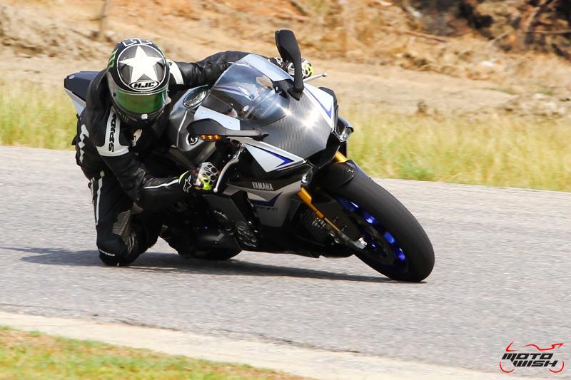 MotoWish-Yamaha-R1M-2016-4