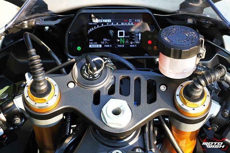 Review : Yamaha YZF-R1M VS R1 60th Anniversary Edition ครั้งแรกในไทย | MOTOWISH 219