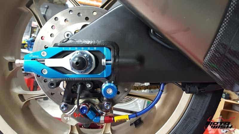 รีวิว เปลี่ยนปั๊มเบรคหลัง Brembo ให้ Yamaha R1 2015 (โฉมปลากระเบน) | MOTOWISH 92