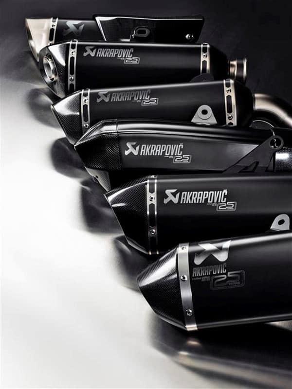 motowish Akrapovic Limited Edition 25 years 9 - Akrapovic ฉลองครบรอบ 25 ปี เปิดตัวท่อไอเสียสุดลิมิเต็ด 25 ใบในโลก - Akrapovic บริษัทท่อไอเสียชื่อดังขวัญใจไบค์เกอร์ เฉลิมฉลองครบรอบ 25 ปี เปิดตัวท่อไอเสียสุดลิมิเต็ด ที่มีโลโก้ 25 ปี พร้อมรันหมายเลขลงบนท่อให้กับรถสุดจี๊ด 7 รุ่น โดยมีเพียง 25 ใบในโลก