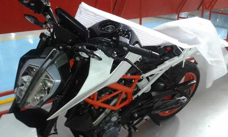ภาพหลุดโฉมหน้า KTM Duke 390 ใหม่ ในโรงงานอินเดีย | MOTOWISH 141
