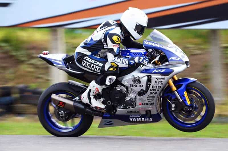 R2M สนามที่ 2 รุ่น SuperStock 1000 cc. รอบสุดท้ายไล่มันส์ม๊วกก !!! | MOTOWISH 71