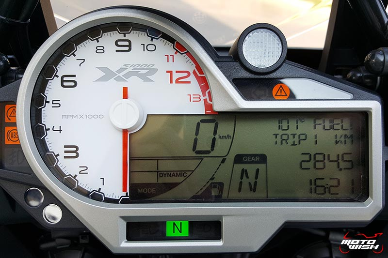 Review : BMW S1000XR ที่สุดของสองรุ่นรวมเป็นหนึ่งเดียว | MOTOWISH 125