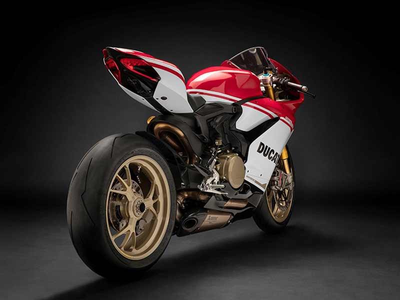 เปิดตัวแล้ว!! Ducati 1299 Panigale S Anniversario รถสุดลิมิเต็ดฉลอง 90 ปีดูคาติ | MOTOWISH 32
