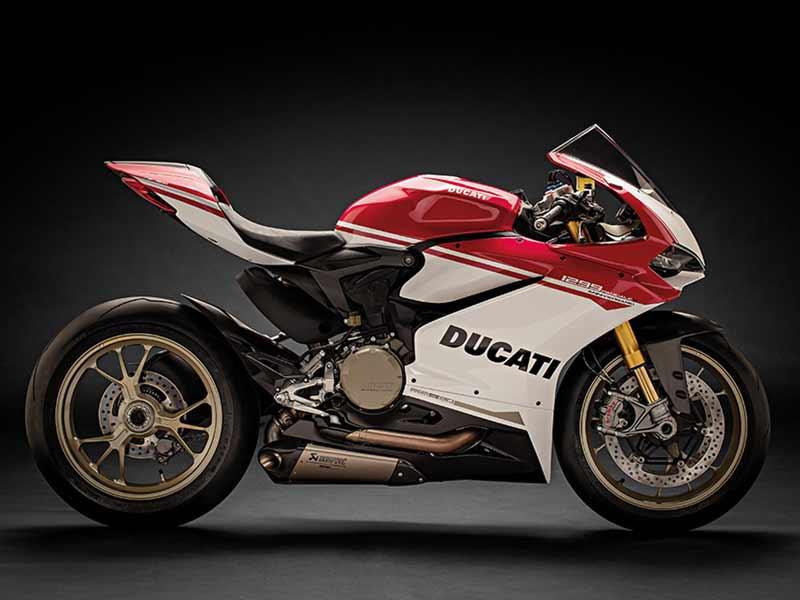 เปิดตัวแล้ว!! Ducati 1299 Panigale S Anniversario รถสุดลิมิเต็ดฉลอง 90 ปีดูคาติ | MOTOWISH 35
