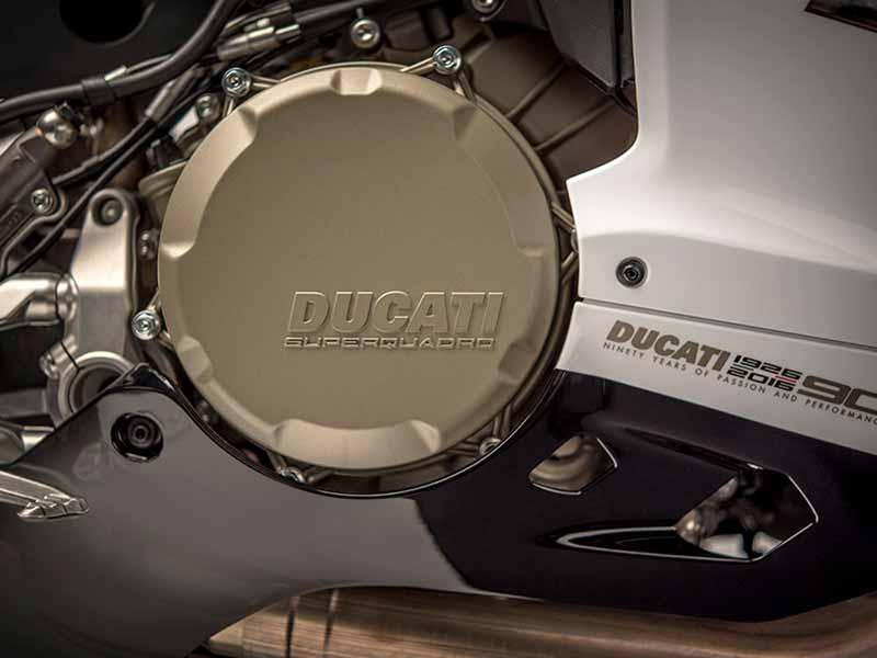 เปิดตัวแล้ว!! Ducati 1299 Panigale S Anniversario รถสุดลิมิเต็ดฉลอง 90 ปีดูคาติ | MOTOWISH 29