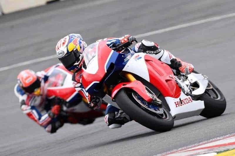 มาเควซ & เปโดรซ่า ควบ Honda RC213V-S สัมผัสไลน์สนาม Red Bull Ring | MOTOWISH 27